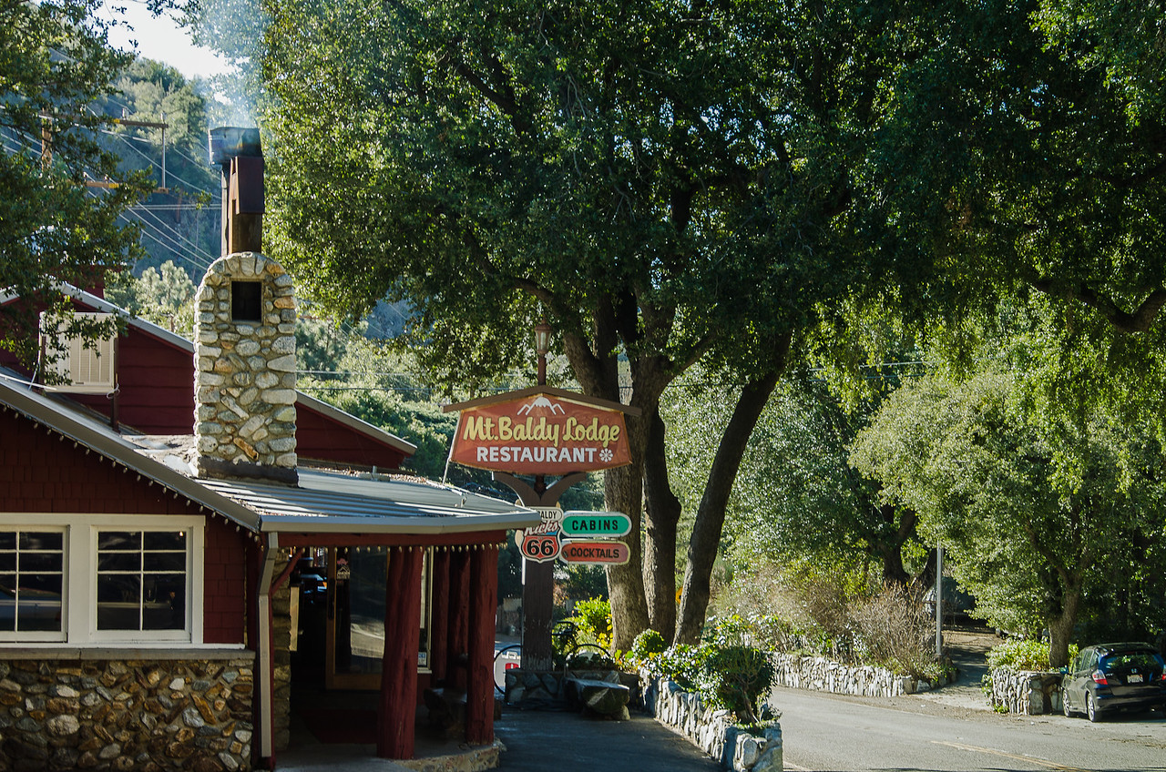 Mt. Baldy Lodge restaurant as seen from the road